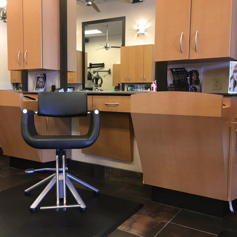 Dry styling station lease rent opportunity Mayfield Hts 44124